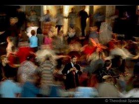 [:en]Plovdivsko horo[:bg]Пловдивско хоро[:fr]Plovdivsko horo (Danse folklorique de Plovdiv)