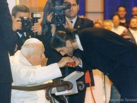 [:en]With the Pope John Paul II - 2002[:bg]С папа Йоан Павел II - 2002[:fr]Avec le Pape Jean Paul II - 2002